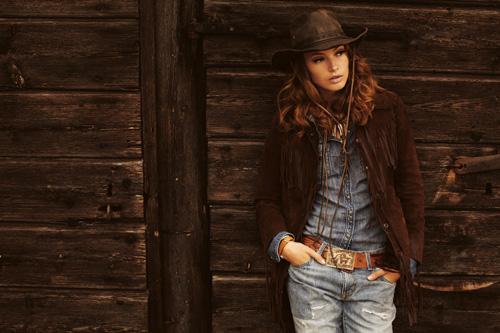 2010-fashion-tales-09
