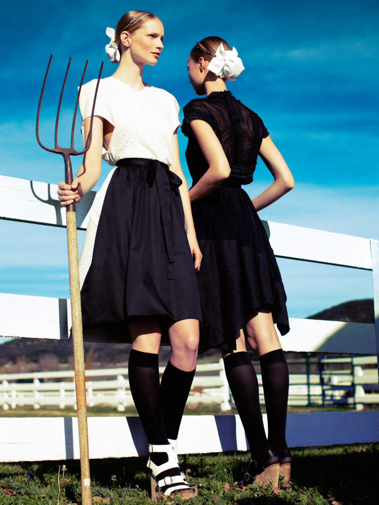 www.lacavalieremasquee.com | Alexi Lubomirski for Vogue Germany February 2011: Plain
