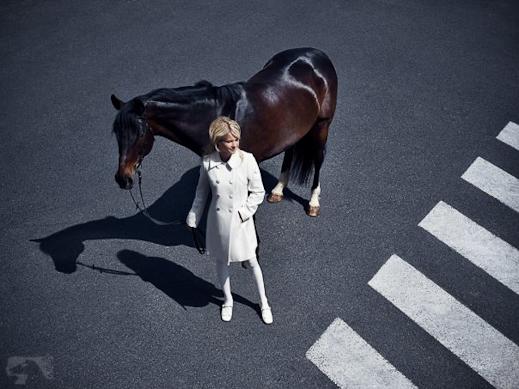 hm-we-love-horses-11