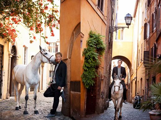 hm-we-love-horses-14