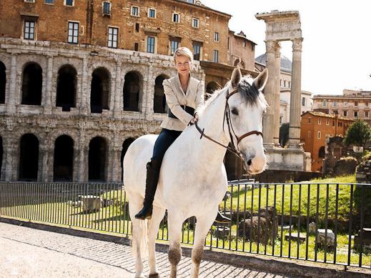 hm-we-love-horses-15