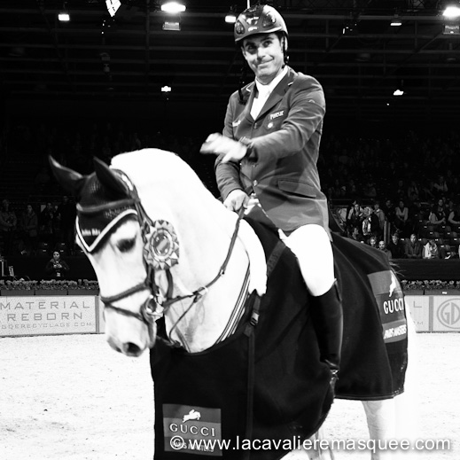 La Cavalière masquée, partner of the Gucci Paris Masters w/ Alvaro Affonso de Miranda Neto