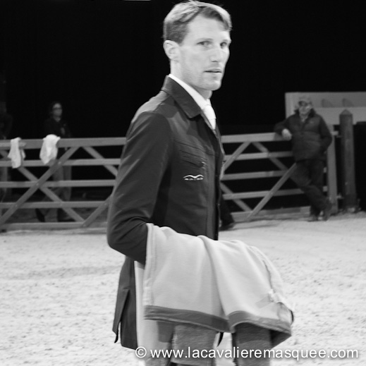La Cavalière masquée, partner of the Gucci Paris Masters w/ Kevin Staut
