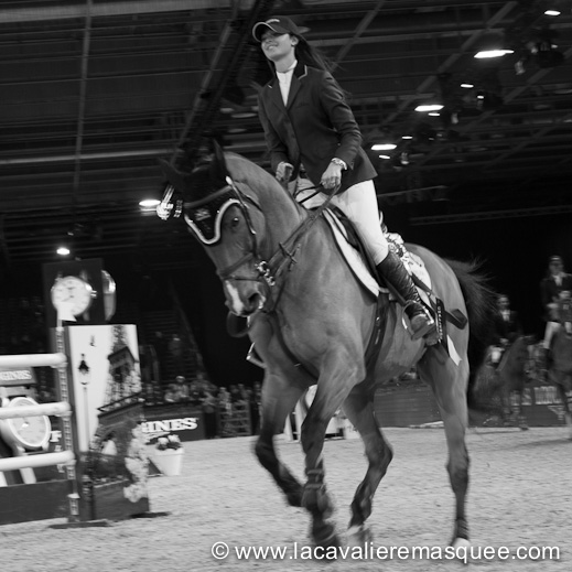La Cavalière masquée, partner of the Gucci Paris Masters w/ Reed Kessler