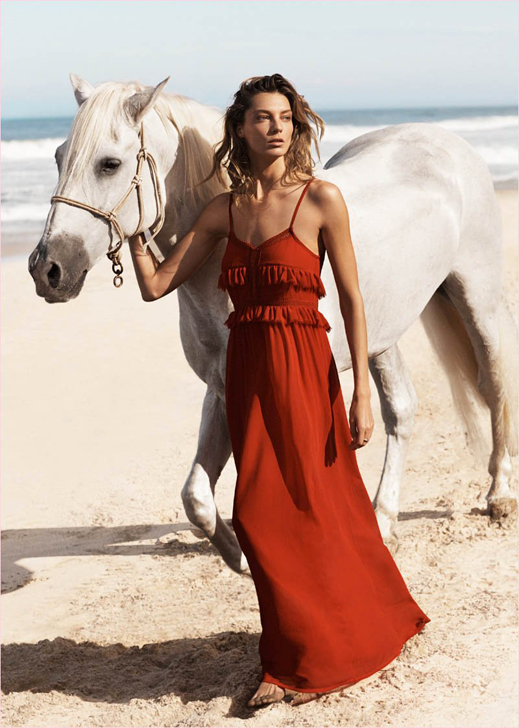 www.lacavalieremasquee.com | Daria Werbowy Hits the Beach in Mango's Summer 2014 Catalogue