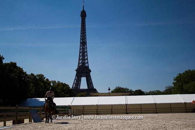 www.lacavalieremasquee.com - Paris Eiffel Jumping