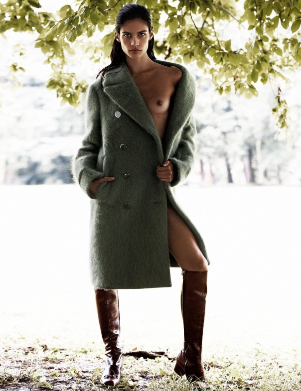 www.lacavalieremasquee.com | Sara Sampaio by Alvaro Beamud Cortés for Vogue Spain October 2014