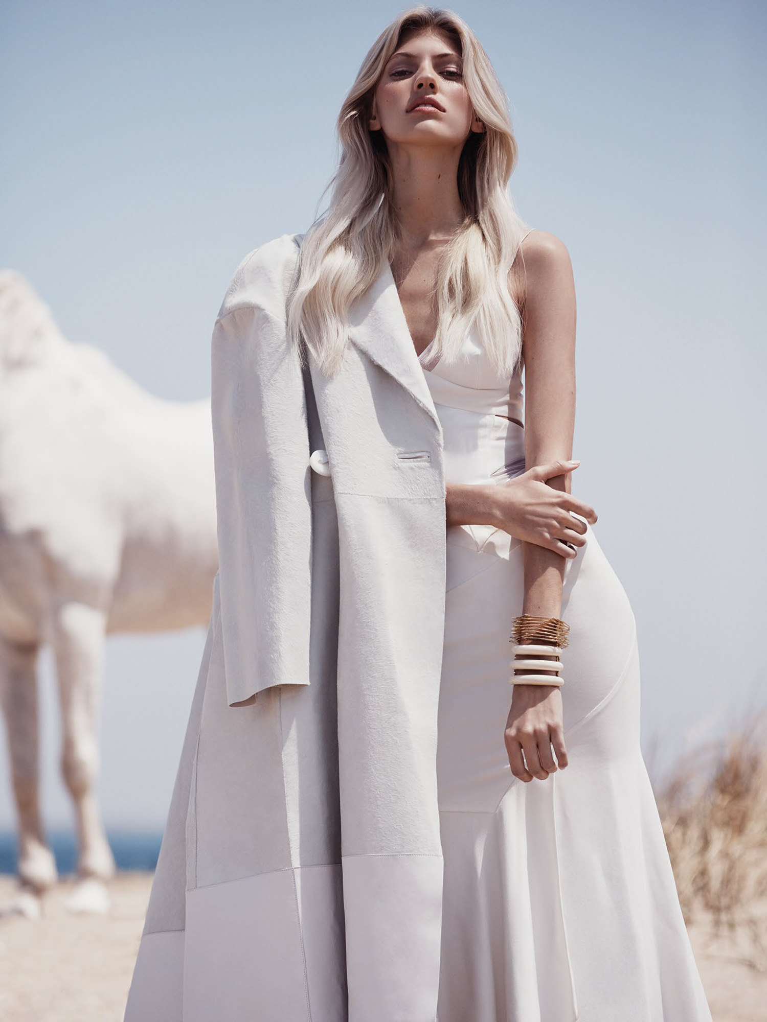 www.lacavalieremasquee.com | Dean Isidro for Vogue México November 2015 w/ Devon Windsor