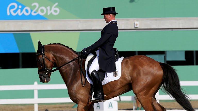 www.lacavalieremasquee.com | Jeux Olympiques Rio 2016 | Concours complet par équipes : Dressage - Michael Jung